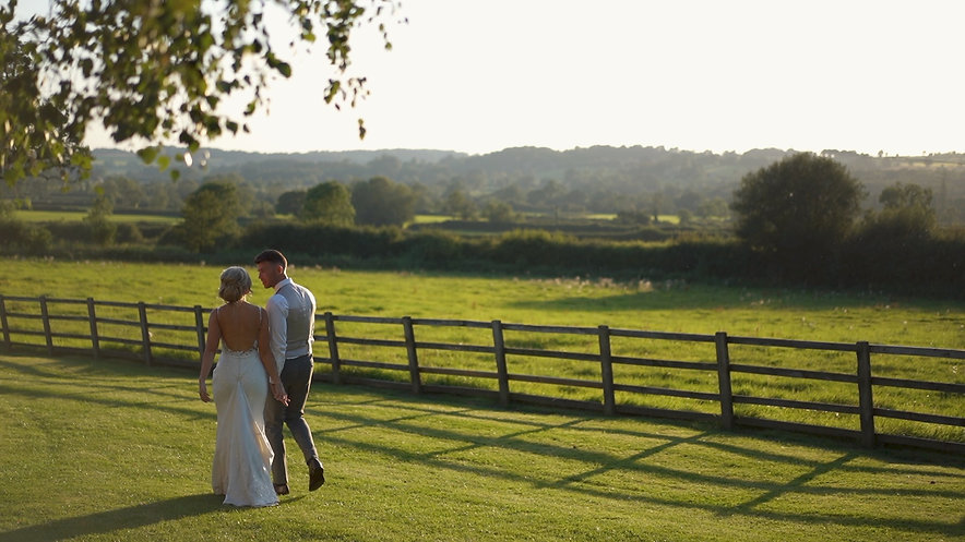 A BEAUTIFUL COTSWOLDS WEDDING