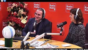 RADIO RADIO - CONSEGNA DEL PALLONE PER BENEFICENZA