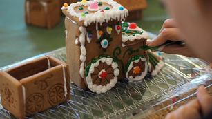 Gingerbread Train Kit Tutorial