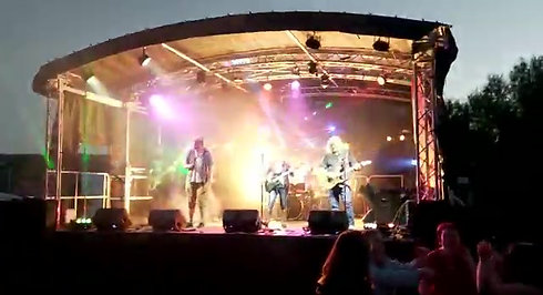 Live at Stowfest 2021