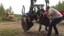 Installation of gravel buckets