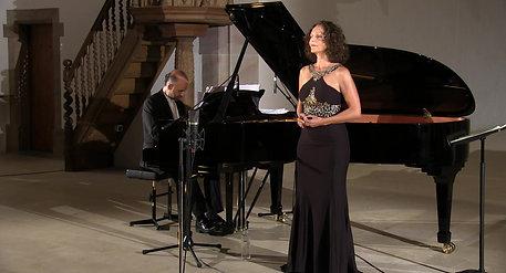 "Maya Boog - Sopran , Riccardo Bovino - Klavier :  ""KLING!"""
