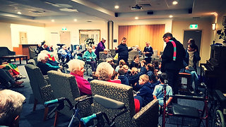 Sing Together | Glenroy PS + ACSAG Albury & District Aged Care