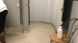 Showers and Bathrooms (4)
