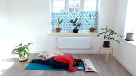 20min Relaxing Yoga