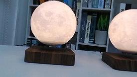 Maglev moon lamp (2)