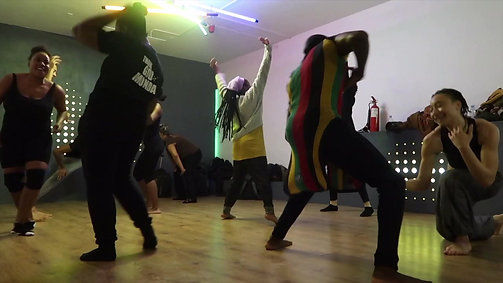 Cheza Roho (communal healing games)