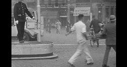Rotterdam Centrum, traffic 80 years ago (8mm film).