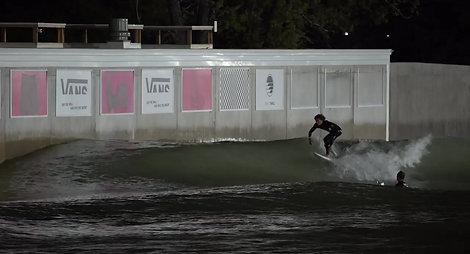 Freak Peak Wave in Waco, Texas - Vans Team Land 6 Airs at BSR Surf Resort