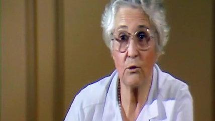 """Françoise Dolto -  Extraits du film """"Grandir à petits pas"""" de Jean-Michel Carré"""