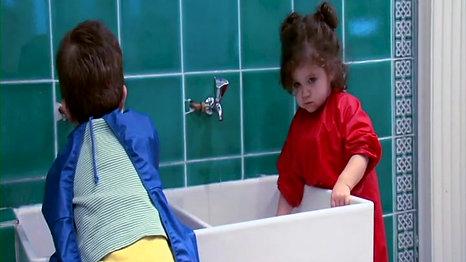 """Extraits du film """"Grandir à petits pas"""" de Jean-Michel Carré"""
