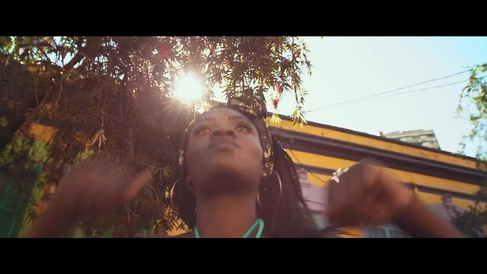Lurdez da Luz - Naija - feat. Eduardo Brechó (VIDEOCLIPE OFICIAL)
