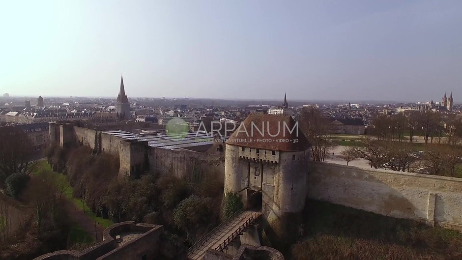 Chateau de Caen (02)