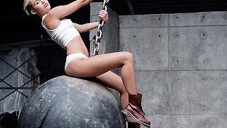 'Wrecking Ball Deconstruction'