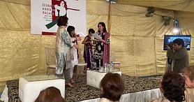 Maham Javaid receiving Award