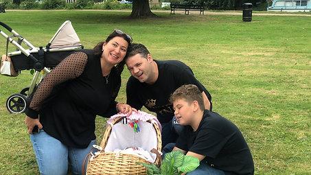 Iris și Familia, la Godmanchester