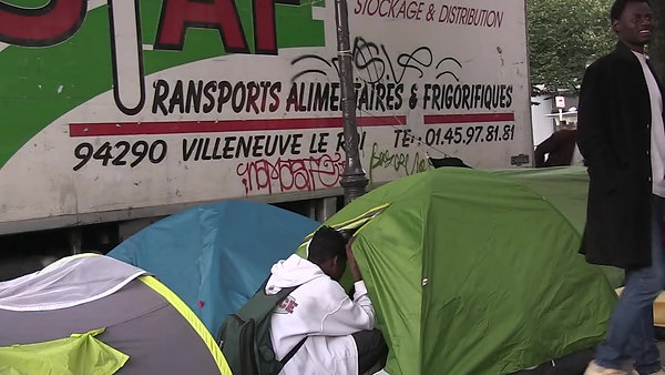 The Paris Triangle of Migrants