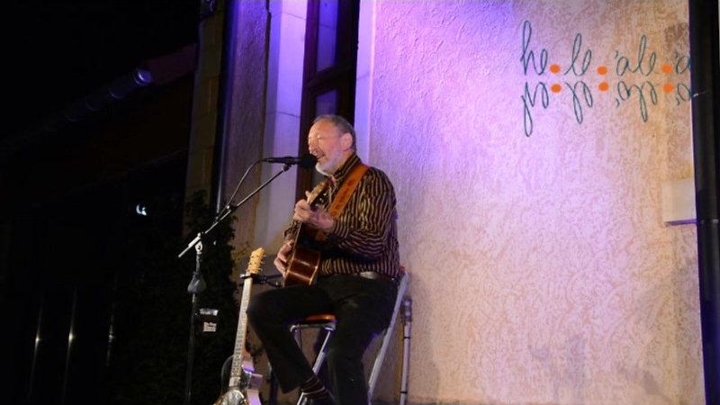 Cisco Herzhaft en concert avec He le'ale'a