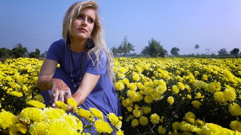 Heaven's Song - Rachel Zello (Official Music Video)