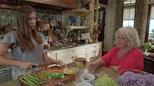 EP105 Paula Goes Vegan