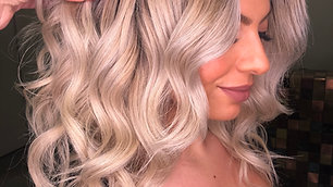 Signature curls & how to take the perfect picture