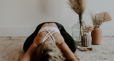 Yoga Nidra w Nikki