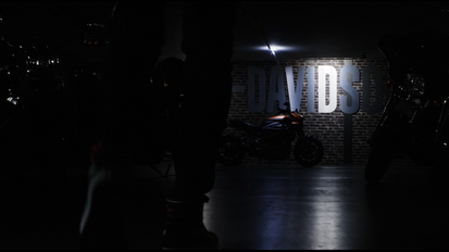 Harley Davidson // Romain Benn // Introduction Live Wire // Roadstar 92