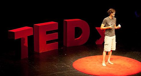 Einfach besser handeln. Simply better acting. | Fred Schüttler | TEDxTuebingen