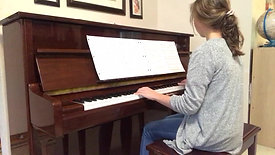 """TML student Caitlyn performing music from the film """"Forrest Gump"""""""