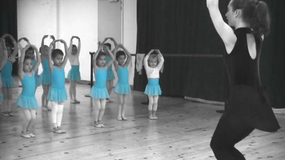 Comme on danse ! Cours de danse classique niveau inititation