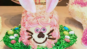 Course: How to Create an Easy Bakery Production Easter Cake