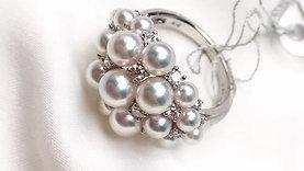 PMS 3-6mm Baby Akoya Luxury Pearl Ring 18k Gold w/ Diamond - AAAA