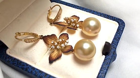 11-12mm Golden South Sea Pearl Classic Earrings 18k Gold - AAAA