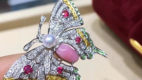 1.08ct Conch Pearl Butterfly Brooch Pendant 18k Gold w/ Diamond - AAAA