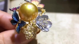 CUSTOMIZE |13-14mm Golden South Sea Pearl Royal Ring, 18k Gold w/ Diamon