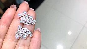 0.30 ct Diamond, AAAA 3-5 mm Akoya Pearl Luxury Earrings, 18k Gold