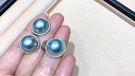 Aurora 14-15 mm Mabe Pearl Earrings 18k Gold w/ Diamond - AAAA