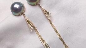 13mm Mabe Pearl Earrings 18k Gold - AAAA