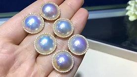 13-14 mm Mabe Pearl Earrings 18k Gold w/ Diamond - AAA