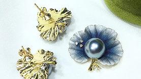 11-12mm Tahitian Pearl Pendant, 18k Gold w/ Diamond - AAAA