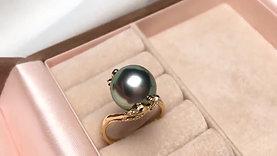 11-12 mm Tahitian Pearl Ring, 18k Gold w/ Diamond - AAAA
