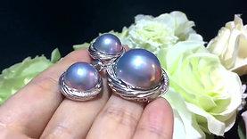 13-14mm Mabe Pearl Earrings 18k Gold w/ Diamond - AAAA