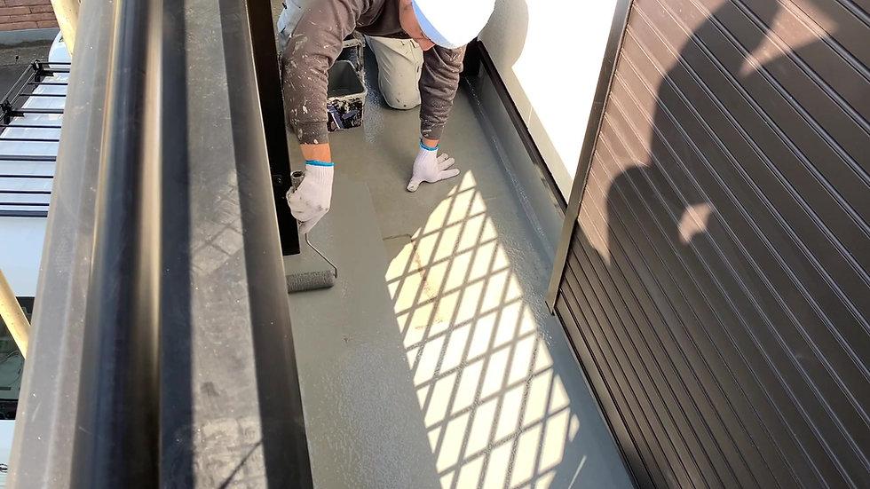 FRPバルコニー防水改修工事を動画で見る