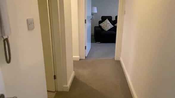 Apartment 10 @52