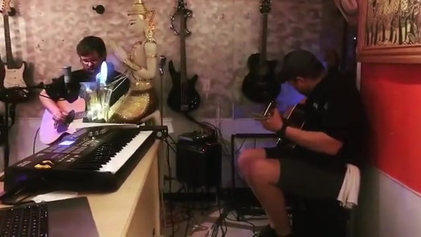Golden Thai Live Music