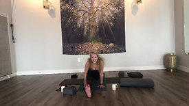 All Levels Yoga Flow + Restorative with Robin 03312020