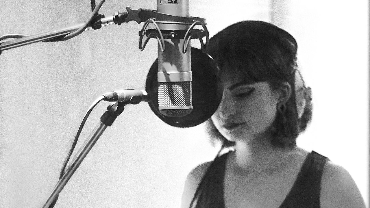 Rosie Tee • Chambers (Live at Abbey Road Studios)