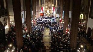 Rota - Kolegiata pw. Matki Bożej Bolesnej i Świętych Aniołów Stróżów w Wałbrzychu.