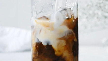 Iced Latte Slow Pour