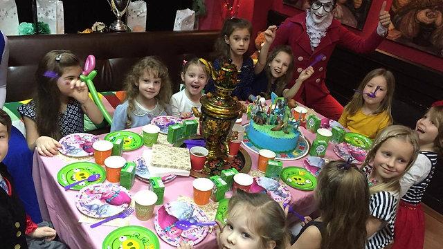 День Рождения Детей в Дом клоунов театра Грим Масса